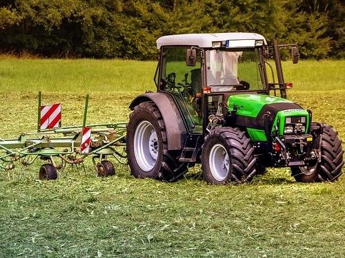 Lantbruksutrustning traktor
